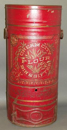 Flour tin.  Loooooooove the old flour tins!!! so fab to display and to put dried flowers in!!! so perfect for French country kitchen!!!!