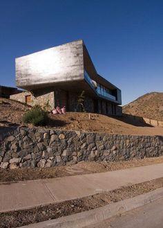 solar en pendiente #desnivel #muros piedra #terrazas #casasdecampoendesnivel