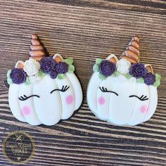 These unicorn pumpkins by are just the cutest cookies ever! I bet they taste amazing too 🎃🦄😍 . Fall Cookies, Iced Cookies, Pumpkin Cookies, Cute Cookies, Royal Icing Cookies, Sugar Cookies, Unicorn Cookies, Unicorn Cupcakes, Halloween Cookies