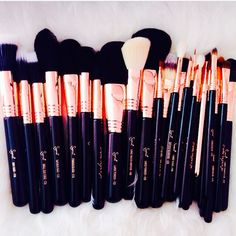 BESTOPE Makeup Brushes Premium Cosmetic Makeup Brush Set Synthetic Kabuki Makeup Foundation Eyeliner Blush Contour Brushes for Powder Cream Concealer Brush Rose Gold) - Cute Makeup Guide Make Makeup, Makeup Brush Set, Skin Makeup, Makeup Tips, Clean Makeup, Makeup Products, Sigma Brushes, Beauty Make-up, Tips Belleza