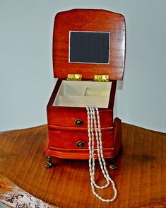 Items similar to Vintage Wood Jewelry Music Box, Gunther Mele Music Box, 1976 on Etsy Small Mirrors, Vintage Wood, Trinket Boxes, Valentine Gifts, Gifts For Mom, Jewelry Box, My Etsy Shop, Beige, Gift Ideas