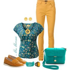 ideas how to wear loafers pants How To Wear Flannels, How To Wear Leggings, How To Wear Scarves, How To Wear Loafers, Loafers For Women, How To Wear Culottes, Yellow Pants, Diva Fashion, Style Fashion