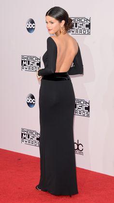 Who: Selena Gomez Wore: Armani Privé Where: 2014 American Music Awards via @stylelist | http://aol.it/1FjTLdX