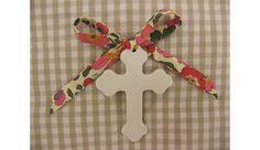 Croix en porcelaine fine, ruban LIBERTY (naissance, baptême, Noël) 8€  à Orléans (45000) Oui, Religious Art, Ciel, Communion, Baby Gifts, Religion, California, Babies, Couture