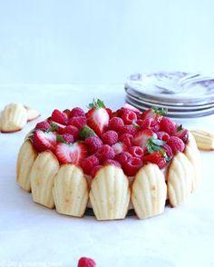 Charlotte aux fraises aux madeleines - Madeleine Strawberry Charlotte