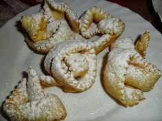 Sabines und Anjas Hobbyeck: Strauben Cookies, Desserts, Food, Lasagna, Biscuits, Pies, Hobbies, Dessert Ideas, Easy Meals