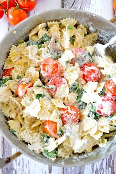 Creamy Ricotta, Tomato, and Spinach Pasta | Community Post: 15 Easy-To-Make Pasta Dishes That Taste As Good As They Look