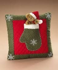 Surround yourself with beauty. Christmas Booth, Christmas Sewing, Christmas Makes, Christmas Tree Decorations, Christmas Cushions, Christmas Pillow, Felt Christmas, Christmas Ornaments, Tree Quilt