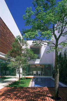 Casa I by Ricardo Agraz