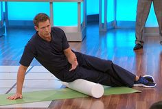 E.R. physician Dr. Travis Stork shows one woman how roller therapy can help with her leg pain.