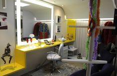 iluminação espelho banheiro maquiagem - Pesquisa Google Cabinet, Storage, Closet, Design, Furniture, Home Decor, Dressing Room Mirror, Ideas, Mirrors