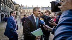 Buma en Pechtold geen minister, blijven in Tweede Kamer | NOS