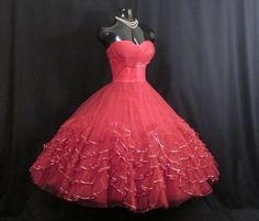 Vintage 1950's 50s Bombshell Holiday Strapless RED Tulle Tiered Ruffles Metallic Gold Party Prom DRESS Gown
