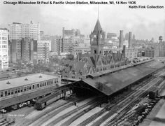 The Milwaukee Road's Downtown Milwaukee station in Milwaukee Skyline, Milwaukee Road, Milwaukee Wisconsin, Scale Model Architecture, Whitefish Bay, Railroad Pictures, Railroad History, Train Pictures, Model Train Layouts