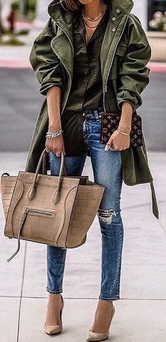 #winter #fashion / Green Coat / Dark Shirt / Ripped Skinny Jeans / Nude Pumps / Camel Tote
