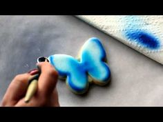 Great butterfly cookie tutorial