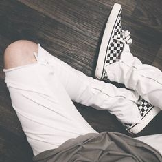 The Vans Checkerboard Sneaker is an item that I mentioned in my Summer 2016 trends article as one of my top 5 trends for S& Vans Outfit Men, Outfit Man, African Men Fashion, Mens Fashion, Checkered Vans Outfit, Summer 2016 Trends, Boy Outfits, Fashion Outfits, Swag Outfits