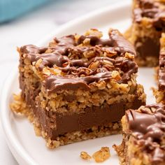 Peanut Butter Oatmeal Bars, Gluten Free Peanut Butter, Chocolate Peanut Butter Cookies, Peanut Butter Recipes, Tray Bake Recipes, Baking Recipes, Dessert Recipes, Chocolate Traybake, No Bake Oatmeal Bars