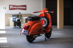 Vespa GTR 1976, 4'390 Km, im O-Lack, original condition, conservata. Over 70 more pictures here: https://ve8pa.ch/2016/05/01/triple-orange-vespa-1976-gtr-mit-4390km-im-o-lack/