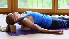 Entspannt und frei: Yoga für Schultern und Nacken
