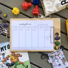 Printables to keep you organised Weekly Planner, Free Printables, Digital Prints, Minimalist, Organization, Graphic Design, Fingerprints, Getting Organized, Organisation