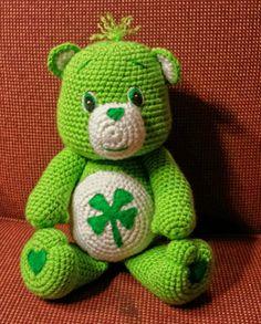 He encontrado este interesante anuncio de Etsy en https://www.etsy.com/es/listing/228715008/good-luck-bear-amigurumi-doll