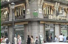 """La empresa estaba formada inicialmente por los empresarios Balaguer, Coll y Ripoll tomaron las riendas del negocio de Garín. Tras la """"gran reforma"""" de la Puerta del Sol la tienda se traslada de Jacometrezo a la Calle Mayor.  Su inauguración en la calle Mayor se realiza en 1894."""
