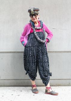 Shell Suit, Wearing Purple, Flowery Dresses, Swedish Brands, Acid Wash Jeans, Spice Girls, Boots For Sale, Printed Pants, Guess Jeans