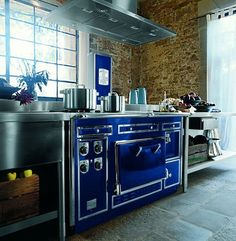 The Most Expensive Kitchen Range In The World (and The Range Hood That  Ventilates It)