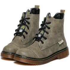 SheIn(sheinside) Army Green Vintage Thick-soled Round Toe Boots (€40) ❤ liked on Polyvore featuring shoes, boots, ankle booties, green, army green booties, flat ankle booties, green booties, army green boots and olive booties
