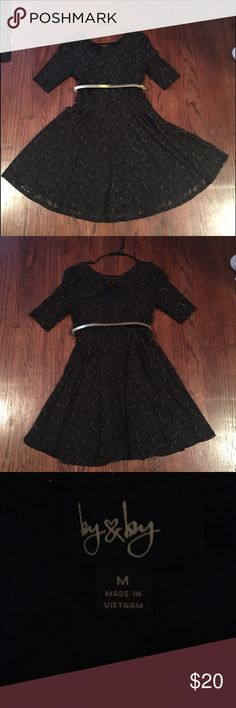 Black and Gold Dress Black and Gold Dress. Worn once. Comes with attached belt. Perfect condition!! Dresses Long Sleeve