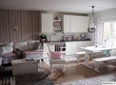 keittiö,maalaisromanttinen,mökki,tupa,tupakeittiö