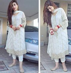 urwa hocane - Google Search Eid Dresses, Party Wear Dresses, Bridal Dresses, Pakistani Models, Pakistani Actress, Bollywood Actress, Pakistani Party Wear, Pakistani Outfits, Indian Attire