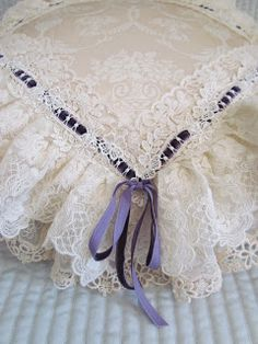 white lace pillow edged in purple ribbon. Antique Lace, Vintage Lace, Vintage Sewing, Bed Cover Design, Pillow Design, Baby Girl Clipart, Sewing Pillows, Lace Pillows, Lavender Cottage