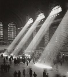 The central concourse, around 1935-1941. Photo from the NYC Municipal Archives, via The Atlantic
