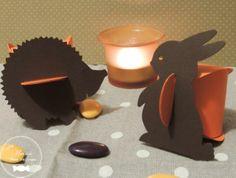 Berlingots oranges agrémentés d'une étiquette hérisson et lapin couleur chocolat  http://www.maison-des-delices.fr/detail2.php?id=251=ballotin