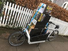 #cagobike packages overload.. #bullitt Cargo Bike, Clothing Ideas, Larry, New Zealand, Baby Strollers, Packaging, Suits, Vintage, Baby Prams