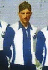 Júlio Cardoso foi um defesa que fez parte dos planteis do Futebol Clube do Porto que conquistaram os primeiros campeonatos de futebol organizados em Portugal. Vestiu a camisola dos Dragões durante os anos vinte e assim dessa forma ajudou a conquistar o primeiro Campeonato de Portugal de 1921/22, ao vencer o Sporting C.P. por 3-1 na final disputada no Estádio do Bessa. Título que Júlio Cardoso voltou a repetir na temporada de 1924/25, ao derrotar novamente o Sporting C.P. na final por 2-1 em…