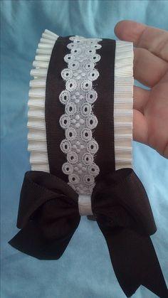 Diadema marrón y cruda .www.lazosiris.com Halo Headband, Fascinator Headband, Wide Headband, Fabric Headbands, Floral Headbands, Baby Headbands, Ribbon Art, Ribbon Bows, Head Accessories