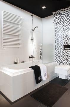 Zwart Wit Showroom Badkamers Clawfoot Bathtub, Corner Bathtub, Black And White, Bathroom, Bath, Washroom, Black N White, Black White, Full Bath