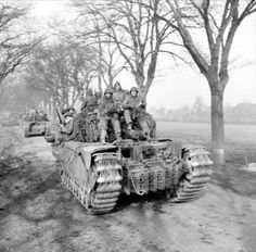 Churchill tanks of 6th Guards Tank Brigade carrying paratroopers of the 17th US Airborne Division, Germany, 29 March 1945. MAR 28 1945 US infantry v Panzers in house to house fighting - See more at: http://ww2today.com