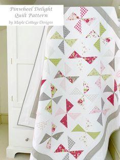 Charm Pack Quilt Patterns, Vintage Quilts Patterns, Hand Quilting Patterns, Charm Pack Quilts, Christmas Quilt Patterns, Charm Quilt, Beginner Quilt Patterns, Baby Quilt Patterns, Quilting Designs