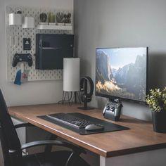 Home Office Setup, Home Office Space, Computer Desk Setup, Pc Desk, Gaming Setup, Minimal Desk, Minimalist Bedroom Small, Dream Desk, Bedroom Setup