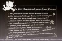 Le spécialiste du cadeau pour Parrain et Marraine. Cadre personnalisé avec les 10 commandements gravés. Dès 7,50€
