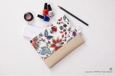 [바보사랑] 카툰플라워 파우치 /파우치/백/가방/화장품/수납/메이크업/개인용품/여행파우치/Pouche/Bag/Cosmetic/make up/Personal Products/Travel Pouch