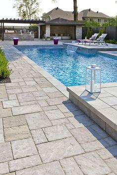 Techo Bloc® Blu with Bullnose Coping in Sandlewood. Backyard Pool Landscaping, Backyard Pool Designs, Swimming Pools Backyard, Backyard Retreat, Pool Decks, Inground Pool Designs, Swimming Pool Designs, Pool Paving, Piscina Interior