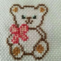 This graph is designed for use with hdc (half double crochets), but you could also use sc or extended sc. This would make a great rug pattern - originally designed for crochet. Tiny Cross Stitch, Cross Stitch Bookmarks, Cross Stitch Cards, Cross Stitch Animals, Cross Stitch Designs, Cross Stitching, Cross Stitch Embroidery, Embroidery Patterns, Hand Embroidery