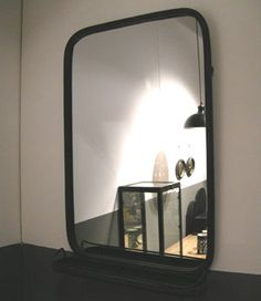 miroir de barbier chehoma suspendre dans votre salle de bains bordure en m tal patin nickel. Black Bedroom Furniture Sets. Home Design Ideas