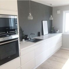 Top Modern Scandinavian Kitchen Design Ideas 53 Top Modern Scandinavian Kitchen Design Ideas Always wanted to discover ways to . Farmhouse Style Kitchen, Modern Farmhouse Kitchens, Home Kitchens, Kitchen Modern, New Kitchen Cabinets, Diy Kitchen, Kitchen Decor, Awesome Kitchen, Voxtorp Ikea