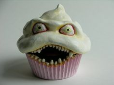 Scary!! #Halloweenrecipes #halloween #cupcake